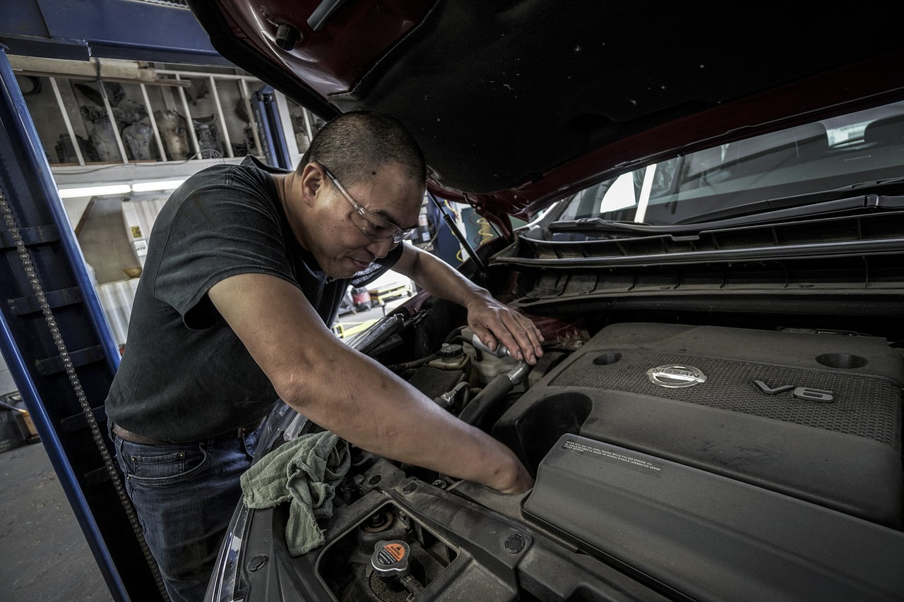 Co powinno znaleźć się w profesjonalnie wyposażonym warsztacie samochodowym?
